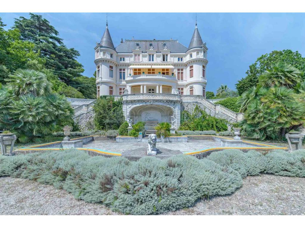 https://d1qfj231ug7wdu.cloudfront.net/pictures/estate/2543/2542083/10914786945c068c1a49a024.78710838_1024.jpg