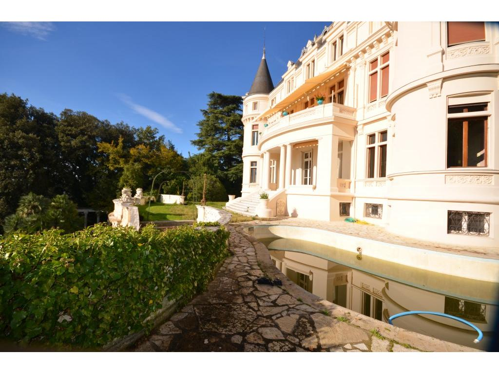 https://d1qfj231ug7wdu.cloudfront.net/pictures/estate/2543/2542083/14465678135c07a92c5f24a6.15499790_1024.jpg