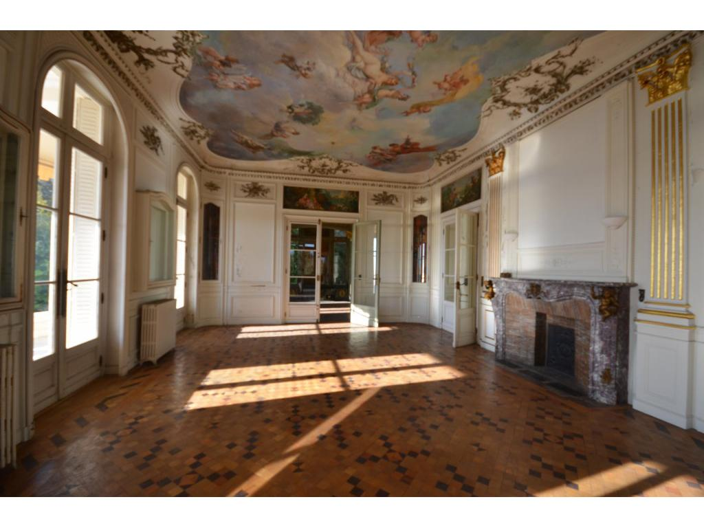 https://d1qfj231ug7wdu.cloudfront.net/pictures/estate/2543/2542083/10067877345c07aa7f4da612.47517345_1024.jpg