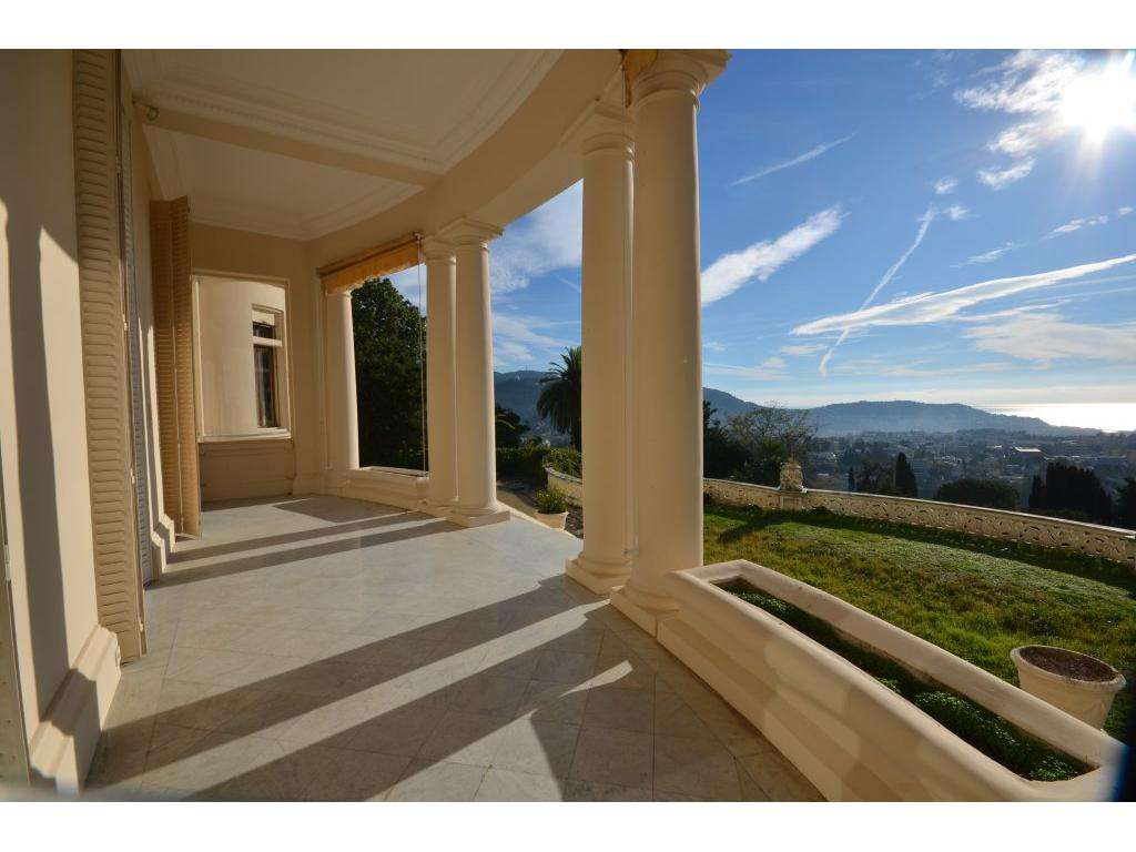 https://d1qfj231ug7wdu.cloudfront.net/pictures/estate/2543/2542083/17555060405c07a9563f7580.68740044_1024.jpg