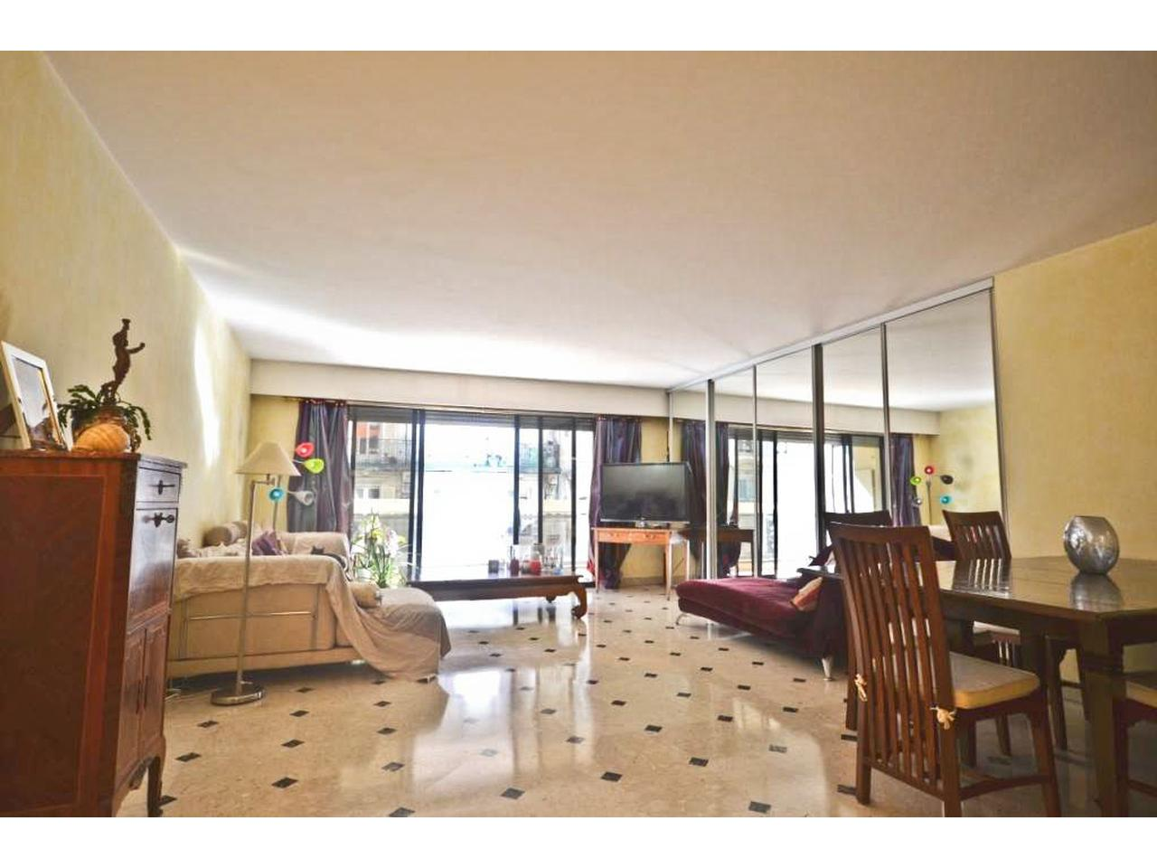 Immobilier Appartement Nice Appartement a vendre nice carre d or -> Roche Bobois A Vendre Nice