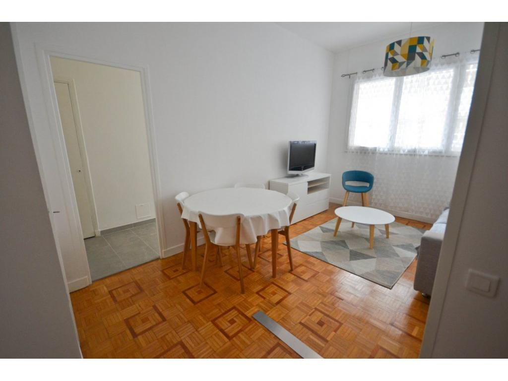 Immobilier appartement nice nice musiciens studio meuble for Appartement meuble a nice
