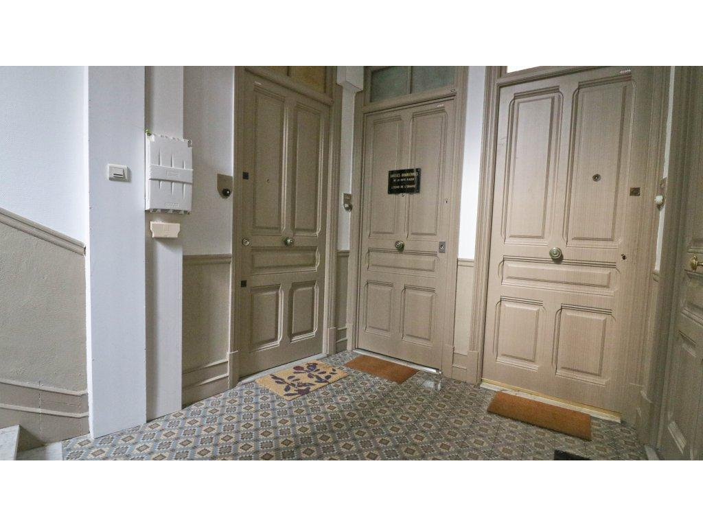 Immobilier appartement nice nice jean medecin 2 pieces for Appartement meuble a nice